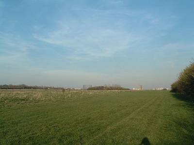 File:Wormwood Scrubs.JPG