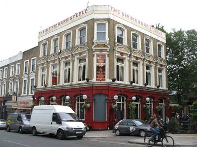 File:The Sir Richard Steele, Haverstock Hill, NW3 - geograph.org.uk - 1458378.jpg